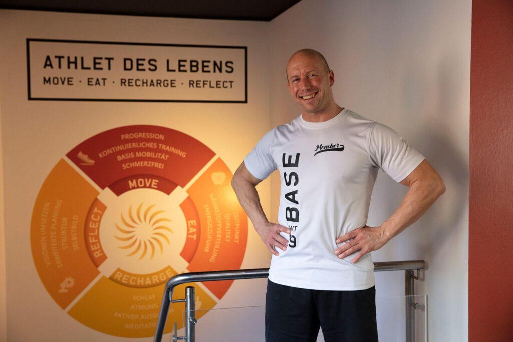 Personal Trainer / Coach Alexander Fischer im Studio Stuttgart